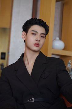 Asian Actors, Korean Actors, Isak & Even, Secret Garden Coloring Book, Boyfriend Photos, Thai Drama, Book Aesthetic, Asian Boys, Hot Boys