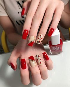 Hot Nails, Hair And Nails, Bright Red Nails, Nail Art Designs Videos, Nagellack Trends, Dot Nail Art, Beautiful Nail Designs, Beautiful Beautiful, Square Nails