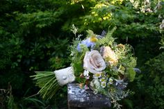 """A """"just gathered form the garden"""" styled bouquet by Lindsey Kitchin of The White Horse Flower Company."""