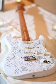 Une guitare à signer pour les amoureux de la musique