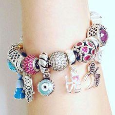Pulseira com Berloques! Todos em prata 925, compatível com todas as pulseiras! Vendemos as peças e a pulseira separadamente! Compre Online: ✔️www.cheiadecharmestore.com.br whatsapp (13)997019643 e (13)997583515.