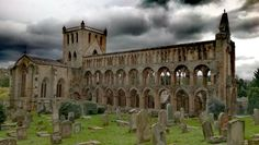 Jedburgh Abbey ( Scotland )