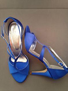Sandália Pata Baixa Cetim Azul Royal