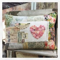 Quilt Market Day Love this darling Heart Pillow made by Patty with the distressed pink buttons. Fabric Yarn, Fabric Crafts, Sewing Crafts, Sewing Projects, Tim Holtz Fabric, Heart Pillow, Diy Pillows, Quilts, Cushion Covers