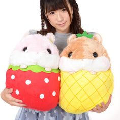 Somehow, the adorable hamsters from Amuse's Coroham Coron series have found themselves nestled in some of their favorite fruits! Just think about how sweet it'll be to have big plushies of Coron or Momo-chan displayed here and there at home. And you don't have to settle for less - a set of both is also an option!