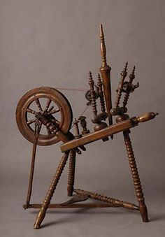 Double flyer spinning wheel