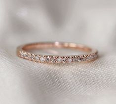 Simple and beautiful gold engagement / wedding ring