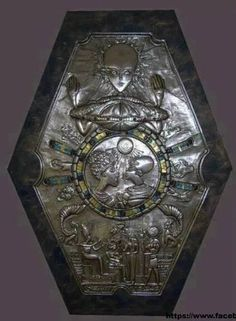 """Found in ancient Egyptian tomb.The Egyptian pharoahs have elongated skulls, as found in Paracas. Some figures have """"alien like"""" features? One theory is that an """"alien like"""" being and a possible space craft are at the top to represent alien rule. Ancient Ruins, Ancient Egyptian Tombs, Ancient Art, Ancient History, Egyptian Pharaohs, Objets Antiques, Alien Theories, Alien Artifacts, Unexplained Mysteries"""