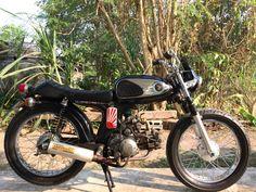 Honda s90 Honda Bikes, Honda Motorcycles, Cars And Motorcycles, Honda S90, Japanese Motorcycle, 50cc, Street Bikes, Vintage Japanese, Cool Bikes