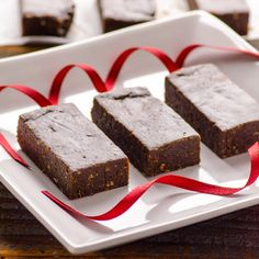 PURE Chocolate Brownie Protein Bars on http://ifoodreal.com/pure-chocolate-brownie-protein-bars/