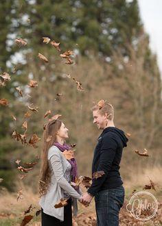 Romantische DagjeWeg.NL tip: dans met je lief in de bladeren!
