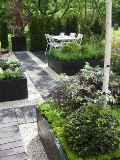 gravillon pour allée comment créer un joli jardin, revetement sol exterieur pas cher