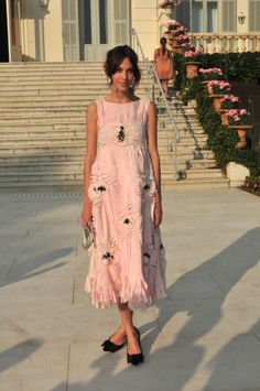 Pastels in street style. Alexa Chung in Chanel. Style Work, My Style, Look Fashion, Womens Fashion, Fashion Tips, Alexa Chung Style, Overalls Fashion, Valentines Day Dresses, Street Style Looks
