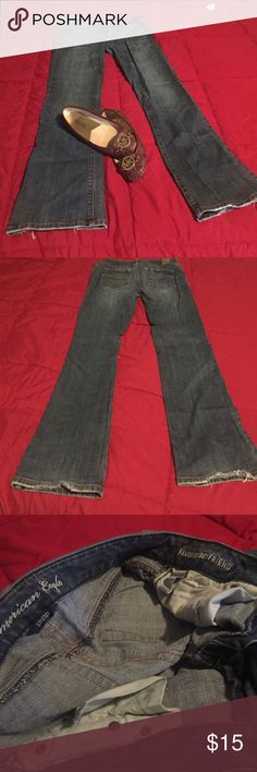 AE Favorite Boyfriend Stretch Jeans cute boyfriend jeans. stretchy material. great condition American Eagle Outfitters Jeans Boyfriend