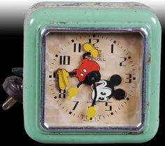 This clock is for my friend Shan & her daughter Kylie It's Mickey time. Disney Home, Disney Fun, Punk Disney, Disney Stuff, Disney Mickey, Disney Movies, Disney Characters, Unusual Clocks, Cool Clocks