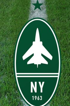 New York Jets FC vs NFL New York Jets | 23 Football Logos Redesigned In The Style Of European Soccer Logos