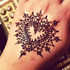 8 Henna Designs 8