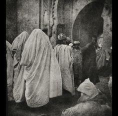 A Fez, 1910 El norte de África visto por José Ortiz Echagüe.