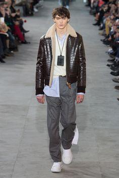 Louis Vuitton | Menswear - Autumn 2017 | Look 6