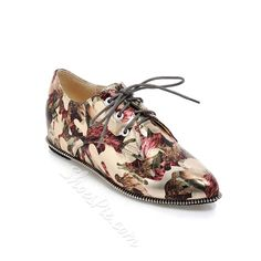 Have a look at these shoes  Print Lace-Up Pointed Toe Flats #Fashion, #Shoepie, #Womens http://www.fashion4shoes.com.au/shop/shoepie/print-lace-up-pointed-toe-flats/