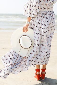 Glam beach getaway in Sullivan's Island, SC In a Rebecca Minkoff cold shoulder dress. << HOUSE of HARPER