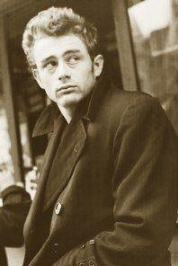 """#AccaddeOggi ~ Moriva il 30 settembre 1955 ~ """"Solo le persone gentili sono veramente forti"""" (James Dean)"""