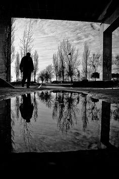 The Frame; by Valdemar Traça