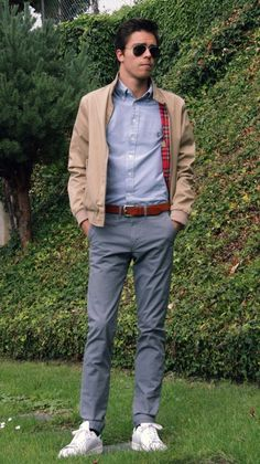 10 Innovative Ways of Layering Your T-Shirt
