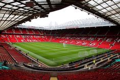 Salute Magazine got the opportunity to travel to Old Trafford to watch Manchester United play CSKA Moscow in the Champions League. Manchester United Old Trafford, Manchester United Football, Manchester City, Premier League, Bournemouth, Liga Premier, Old Wallpaper, Club, Temples