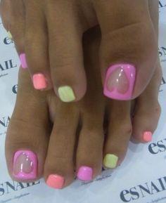 #nails #unas #manicure #easynailideas #diynails #nailtrends #nailfashion #nails2014 #trendynails #naillove #essienailpolish #nailpolish #frenchmanicure #naildesigns #pedicure