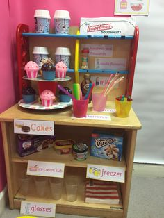 Ice cream parlour role play, EYFS School Displays, Classroom Displays, Classroom Themes, Cafe Role Play Area, Role Play Areas, Ice Cream Parlour Role Play, Ice Cream Theme, Milkshake Shop, Kids Role Play