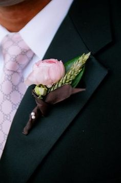Groom wears pink