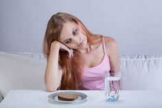 Depressed girl with eating disorder Colon Cleansing Foods, Eating At Night, Polycystic Ovary Syndrome, Pcos, Clean Recipes, Disorders, Depression, Health, Image Link