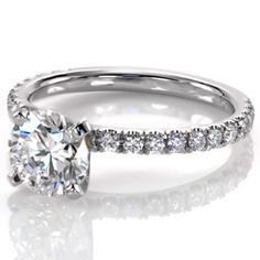 Design 2501 from Knox Jewelers. #pave