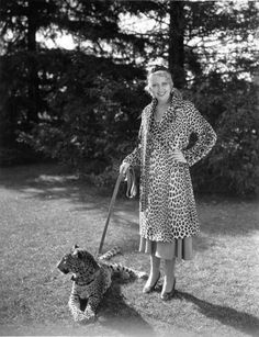 Joan Blondell is all about the leopard