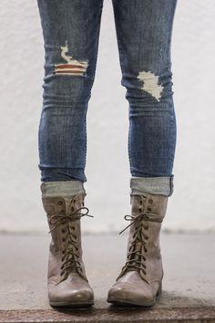 My new Steve Madden Troopa boots. Love. #stevemadden #troopa #fallfashion