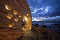 Vista exterior. Cella Bar por FCC Arquitectura y Paulo Lobo. Fotografía © FG+SG. Señala la imagen para verla más grande.