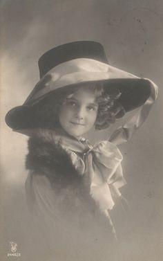 RPPC Real Photo Postcard Beautiful Edwardian Girl Big Hat Smiling | eBay