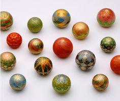 Kirikane Asian Art, Incense, Easter Eggs, Japanese, Traditional, Balls, Corgi, Blood, Inspire