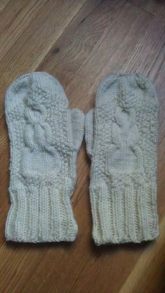 Knitting Pattern For Snowman Mittens : 1000+ images about Mitten patterns on Pinterest Mittens, Mittens pattern an...