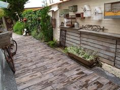 u morkusovic: květen 2014 Patio, Outdoor Decor, Gardening, Home Decor, Decoration Home, Terrace, Room Decor, Porch, Garten