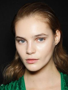 How-to: Elie Saab S/S '12 makeup: http://beautyeditor.ca/2012/05/21/how-to-elie-saab-ss-12-makeup/