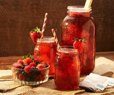 Mixed Berry Southern Breeze http://southernbreezesweettea.com/recipe/mixed-berry-southern-breeze/?utm_source=recipe&utm_medium=email&utm_campaign=feb2015_1newsletter