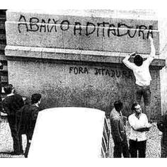 From 1964 to 1985 Brazil experienced the worst period in its history. Hundreds of civilian performers, artists, workers were arrested and tortured, for reasons unknown to this day, many died and never returned home. It was also in this scenario we saw the first artistic manifestations in Brazilian streets. It was the people using ink and art against repression. I hope the paint and art continue to be used to spread the beauty in our towns, but it never be used to rebut the bloodshed.Seguir