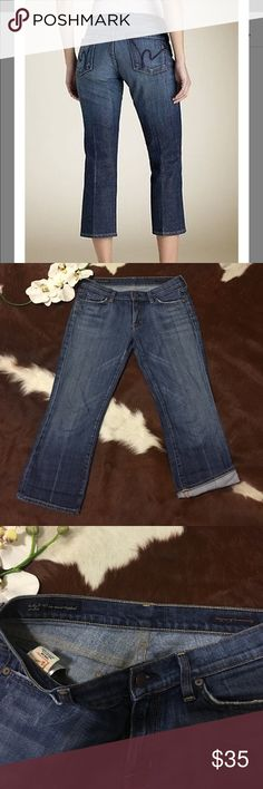 ✨CITIZENS OF HUMANITY CROPPED JEANS✨ In GOOD CONDITION ! KELLY STRETCH LOW WAIST CROPPED JEANS ! DISTRESSED LOOK Citizens of Humanity Jeans Ankle & Cropped