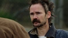 Jeremy Davies, a most brilliant actor, played dickie Bennett on Justified.
