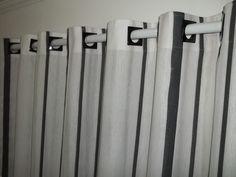Cortina confeccionas em Tecido Rustico  sem varão.      Ambientes: Sala, Sala de estar, Sala de jantar, Copa, Quarto,  Home Office.    Medida padrão da cortina Largura 2.00 Altura 2.00 e 3.00. R$ 100,00