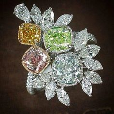 Prima Gems. A Wonderful Natural Fancy Color Diamonds Ring from @mew_primagems