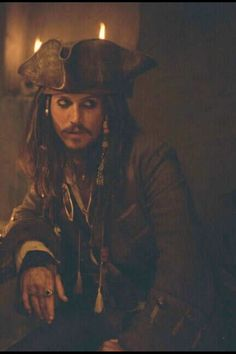 """""""there's never been a casting better than johnny depp as captain jack sparrow. Captain Jack Sparrow, Tim Burton, Jack Sparrow Wallpaper, Jonny Deep, The Lone Ranger, Pirate Life, Film Serie, Pirates Of The Caribbean, Disney Movies"""