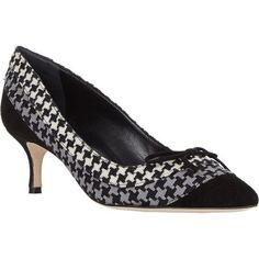 Pre-Owned Manolo Blahnik Sfida Houndstooth Bow Pump Pointed Cap Toe Sz... ($570) ❤ liked on Polyvore featuring shoes, pumps, black, pointed toe pumps, black pointy toe pumps, mid-heel pumps, houndstooth pumps and low heel pumps